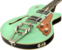 Bild von DUESENBERG Starplayer TV Surf Green
