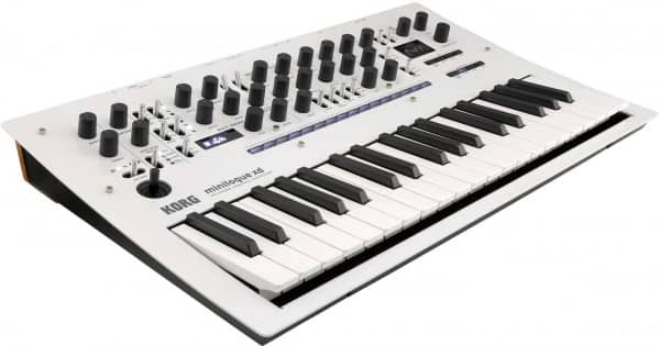 Minilogue XD Pearl White Limited Edition - SHOWROOM MODELL -